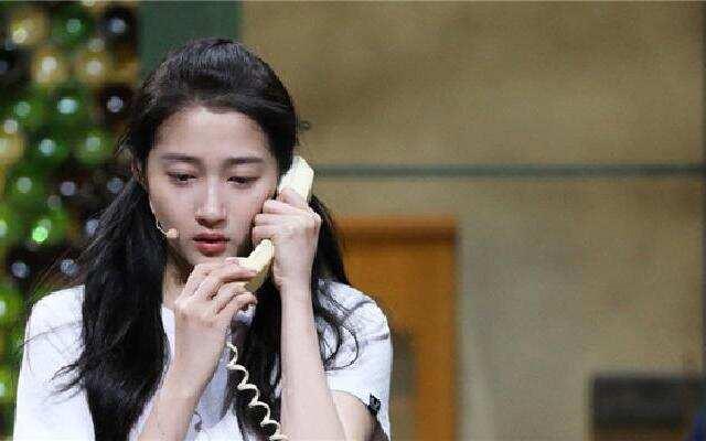 《演员说》:关晓彤哭戏感染力超强 合作老戏骨不怯场