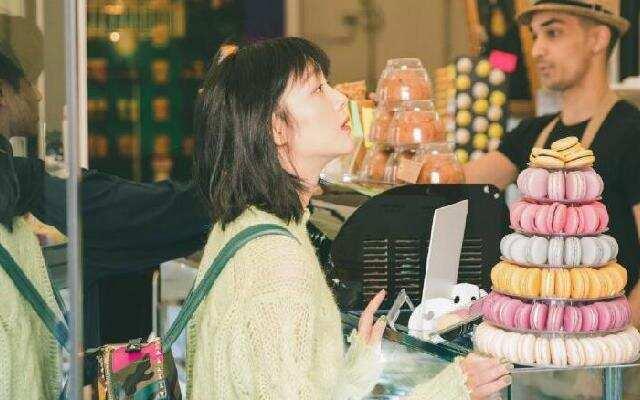 《漫游记》:郭麒麟哇哥罗马假日 冰淇淋店约见新朋友