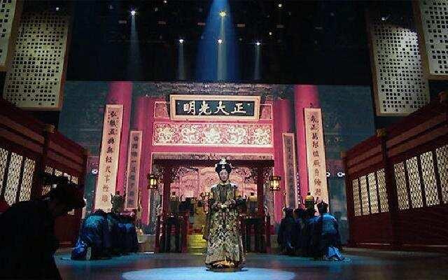 《巅峰对决》第9期:刘晓庆再演慈禧太后 李冰冰回归能否突围成功?