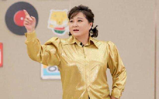 《青春环游记2》:贾玲变身陈慧琳热舞 刘敏涛变身王菲